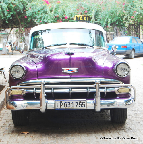 travel independently to cuba collectivo vintage car taking to the open road