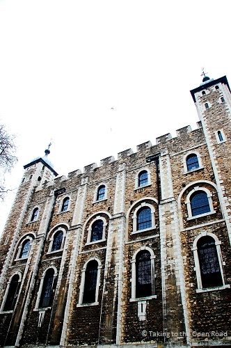 3 days in london on the cheap tower of london takingtotheopenroad peggytee