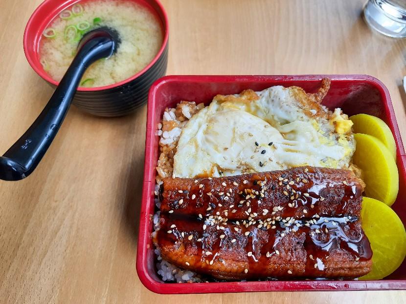【おすすめレストラン】リーズナブルな和食屋 〜 Chizuru Tei