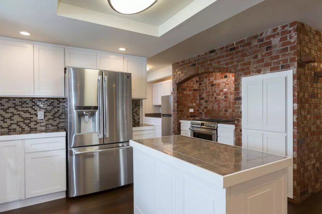 Interior real estate photography by Taku Homes