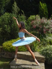 Tala Lee-Turton - dance pose