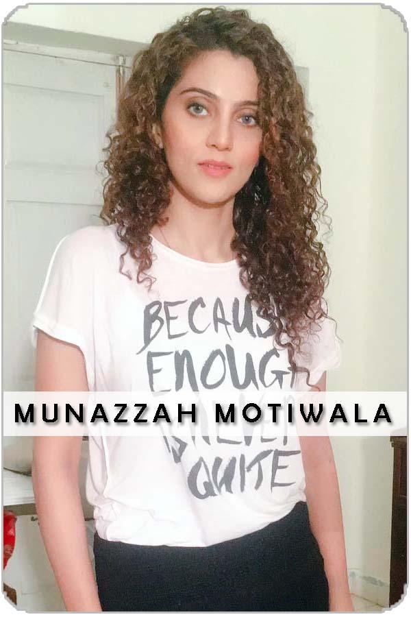 Pakistan Female Model Munazzah Motiwala