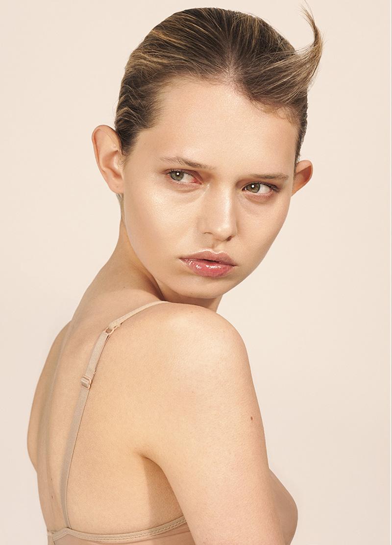 Vein Magazine Rosa- Miguel Angel Tragacete