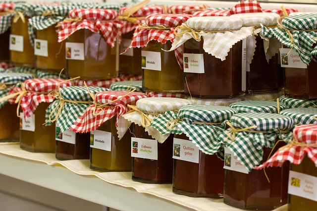 le dilemme du choix du pot de confiture