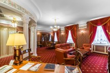 Hotel In St Petersburg - Taleon Suite With Jacuzzi
