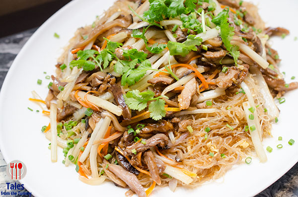 crystal-dragon-cod-manila-shredded-duck-with-rice-vermicelli
