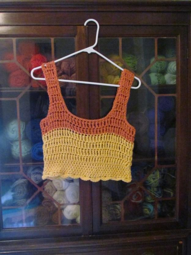 crop top yarn storage