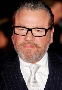 ray-winstone-owes-to-acting-career-19396