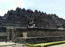 TaleTravels- borobudur temple yogyakrta indonesia