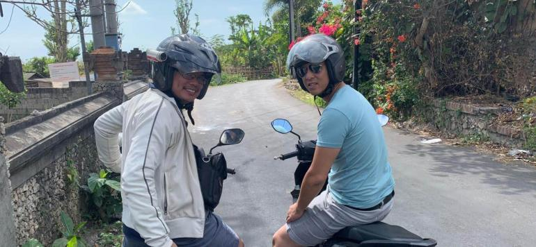 renting scooter in Bali and going on adventure