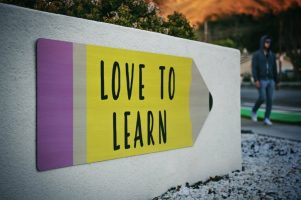 Love to learn (image unsplash timmossholder)