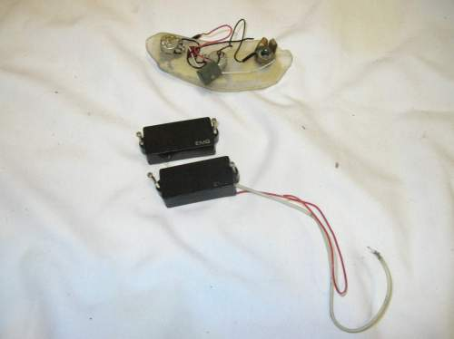 small resolution of includes active pickup harness controls dscn7615 jpg