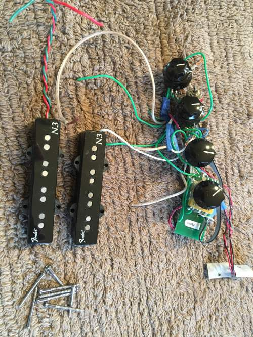 small resolution of sold fender n3 noiseless pickups and 18 volt preamp pulled from a bad parts bass trade