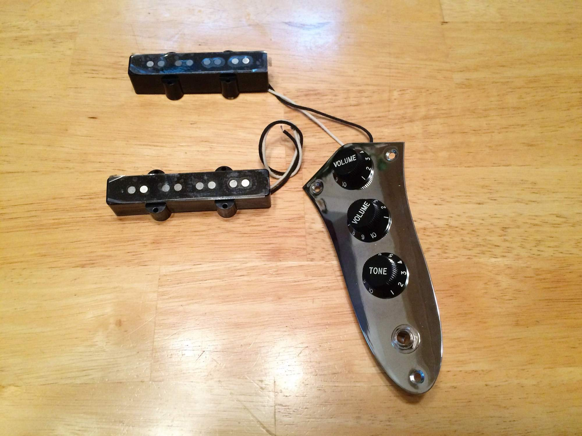 hight resolution of sold squier 77 vintage modified jazz j bass pickups fender jazz bass wiring schematic fender squier bass wiring diagram