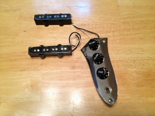 small resolution of sold squier 77 vintage modified jazz j bass pickups fender jazz bass wiring schematic fender squier bass wiring diagram