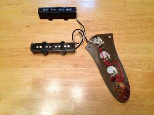 SOLD  Squier 77 vintage modified jazz j bass pickups