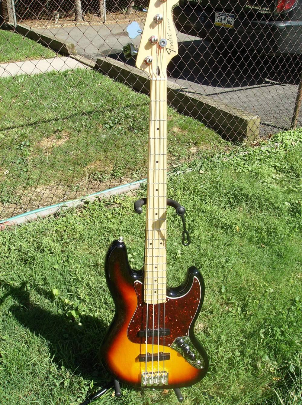 medium resolution of mim jazz bass upgrade out of control show us your jazz bass rh talkbass com bass guitar humbucker pickup wiring samick bass wiring diagram