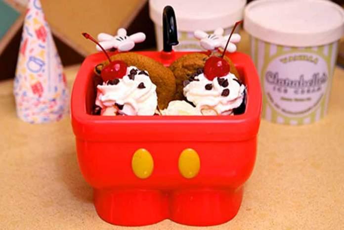 Chocolate-Chip-Cookie-Hot-Fudge-Sundae