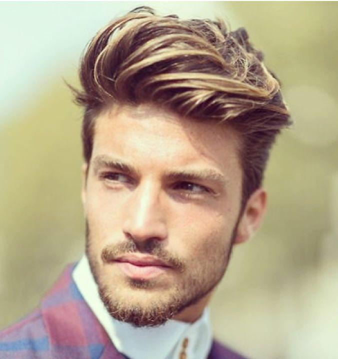 Corte de pelo de hombre con rayitos