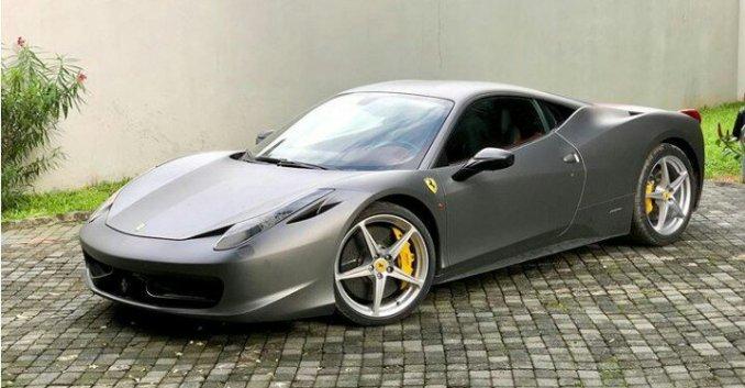 Burna Boy acquires brand new 2013 Ferrari 458 Italia (Photos)