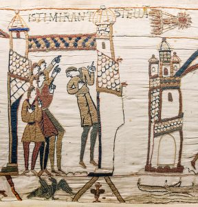 https://commons.wikimedia.org/wiki/File%3ABayeux_Tapestry_scene32_Halley_comet.jpg