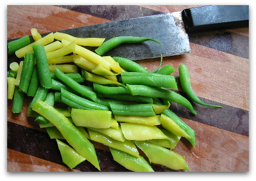 fresh green beans chopped