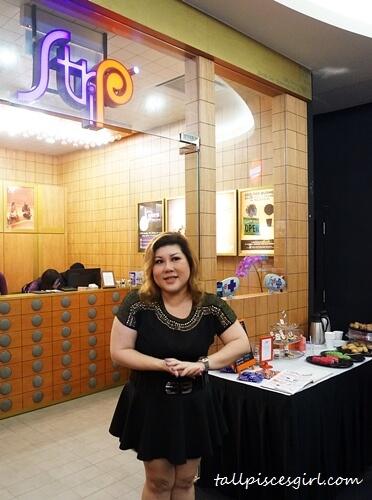 Joanne Kam Poh Poh exposing the Dirty Little Secrets!