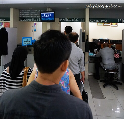 Renew Malaysian Passport - Queueing for Number