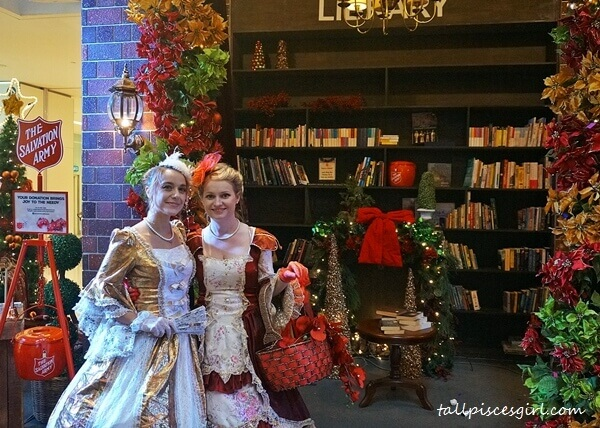 Main concourse of Sunway Putra Mall has transformed to a mini library for Holly Jolly Christmas