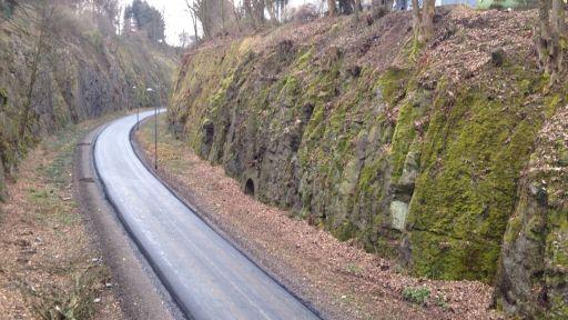 NBT: Kohlenbahnschleife nun komplett asphaltiert