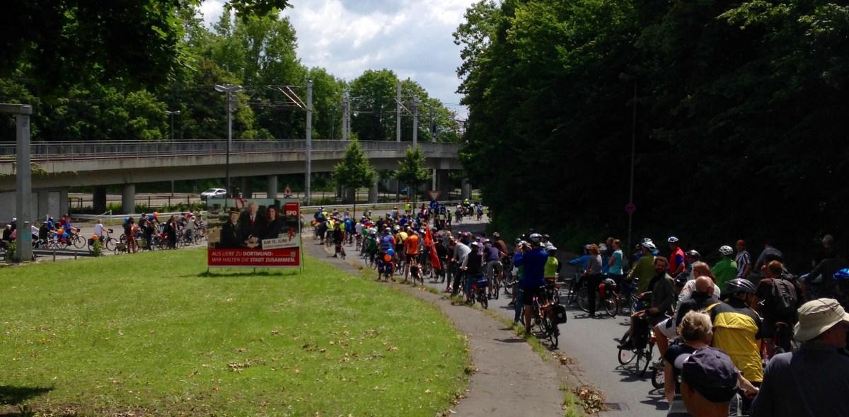 Sonntag: Sternfahrt Dortmund
