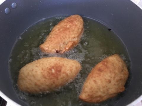 מטגנים סמבוסק בשר