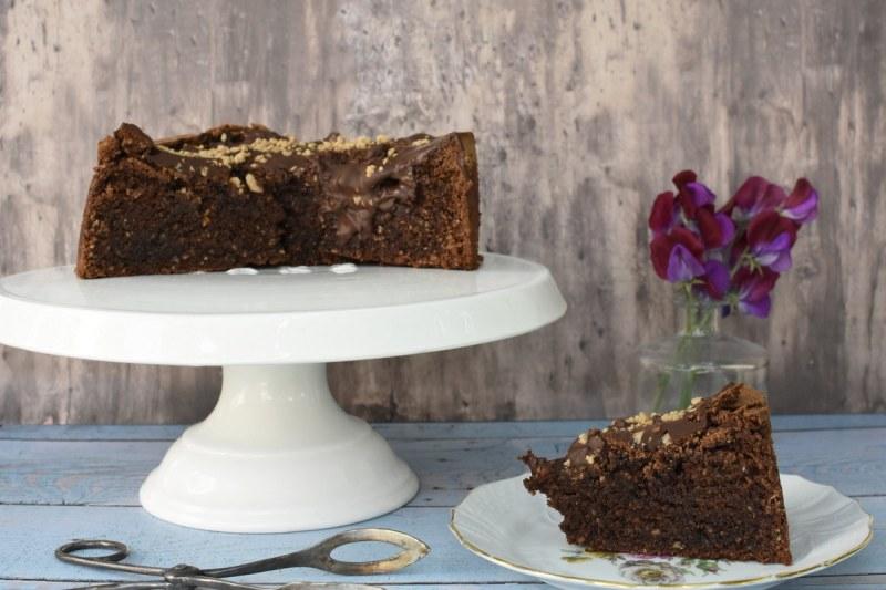 עוגת שוקולד ואגוזי לוז
