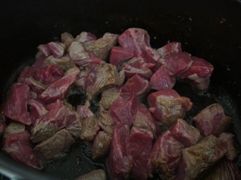 בישול בשר של גולאש