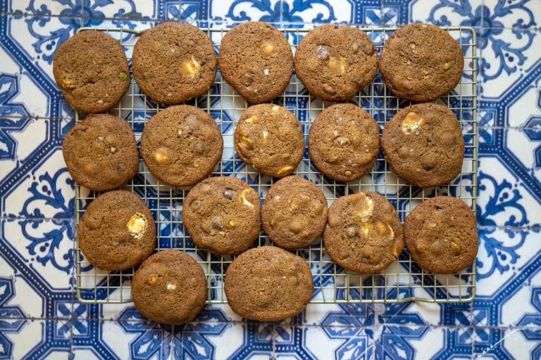 עוגיות אספרסו שוקולדיות