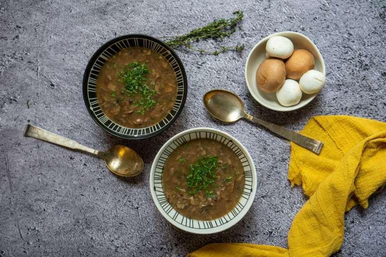 מרק פטריות טבעוני