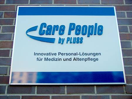Care People - by PLUSS - Innovative Personal-Lösungen für Medizin und Altenpflege