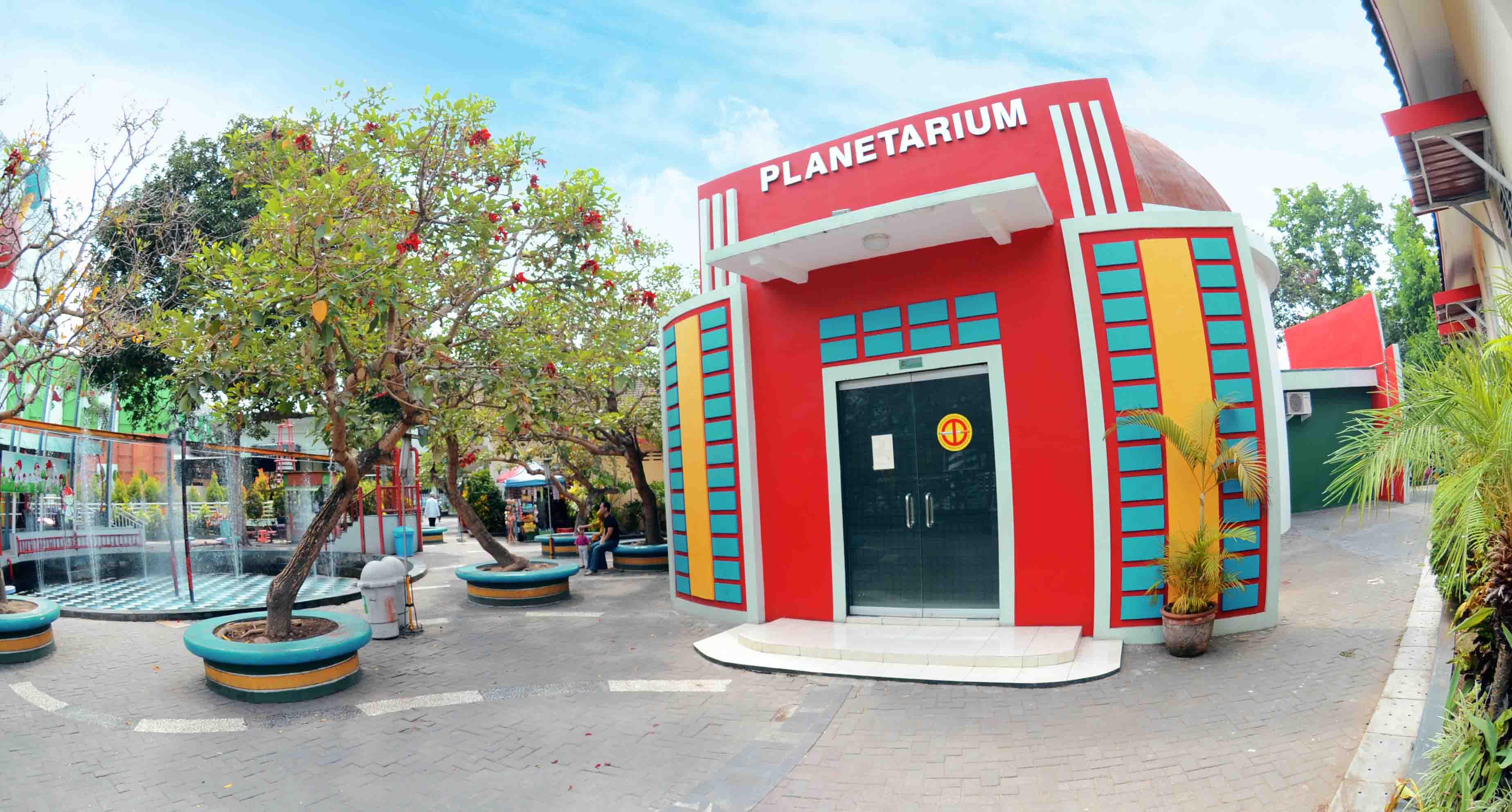 Taman Pintar Yogyakarta  Info Wahana Fasilitas Dan