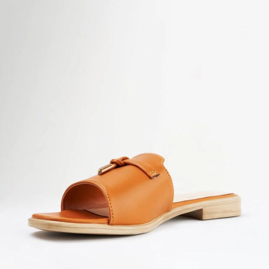 zarita sandals brown