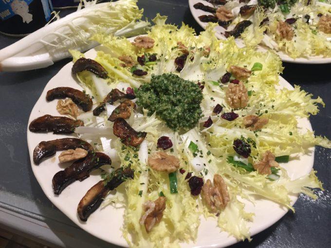 Salade de Friseline au Pesto de Kale