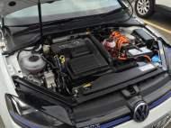 VW Golf GTE 4