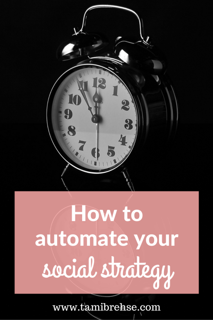 Stop spending endless hours scheduling your social media posts! Here's how to create an automated social media plan that WORKS.