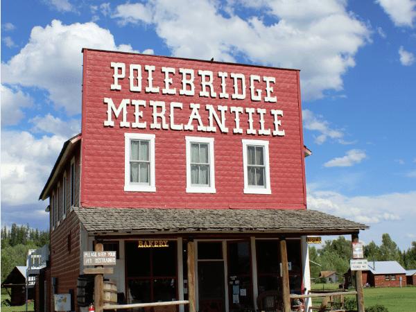 A visit to the Polebridge Mercantile in Polebridge Montana