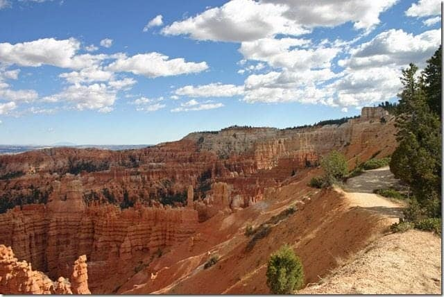 Hiking rim of Bryce Canyon