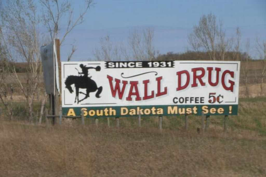 day 4Wall drug sign