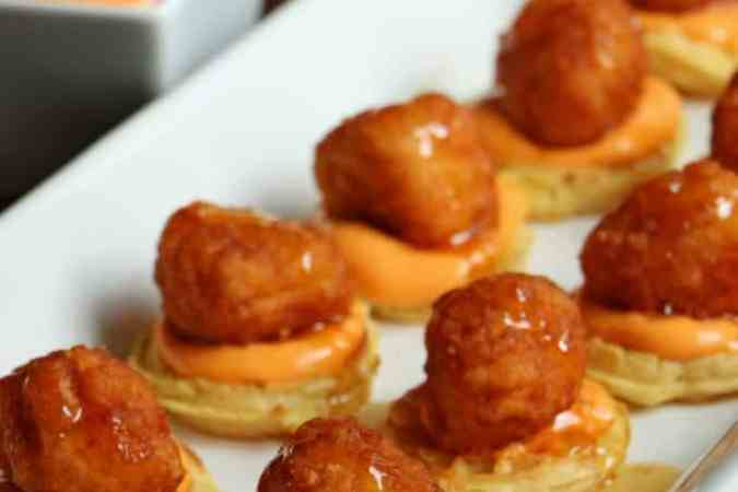 Chicken and Waffles with Spicy Dipping Sauce