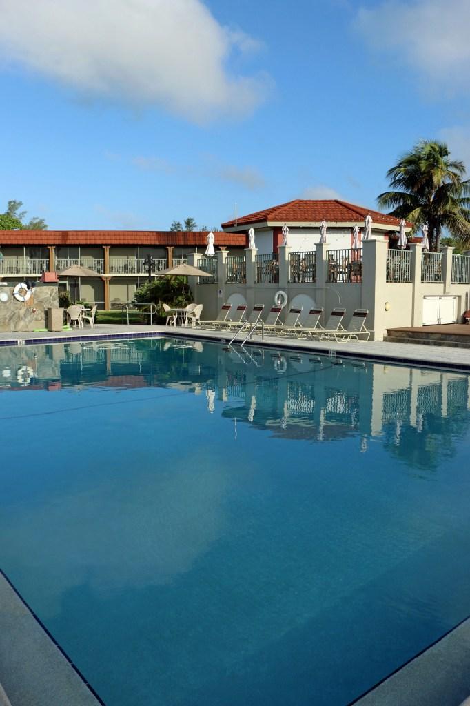 Pool at West Wind Inn Sanibel