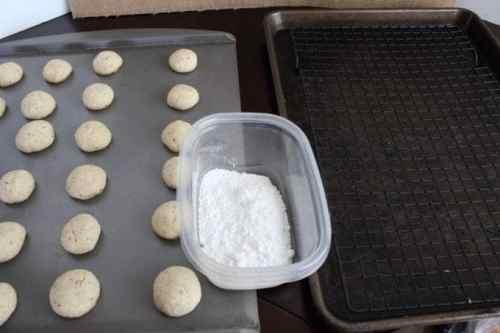 Snowball Cookies Process