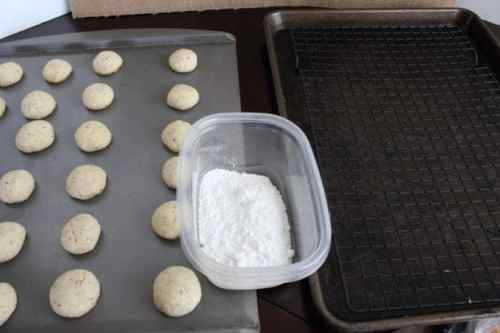 Snowball Cookies Process