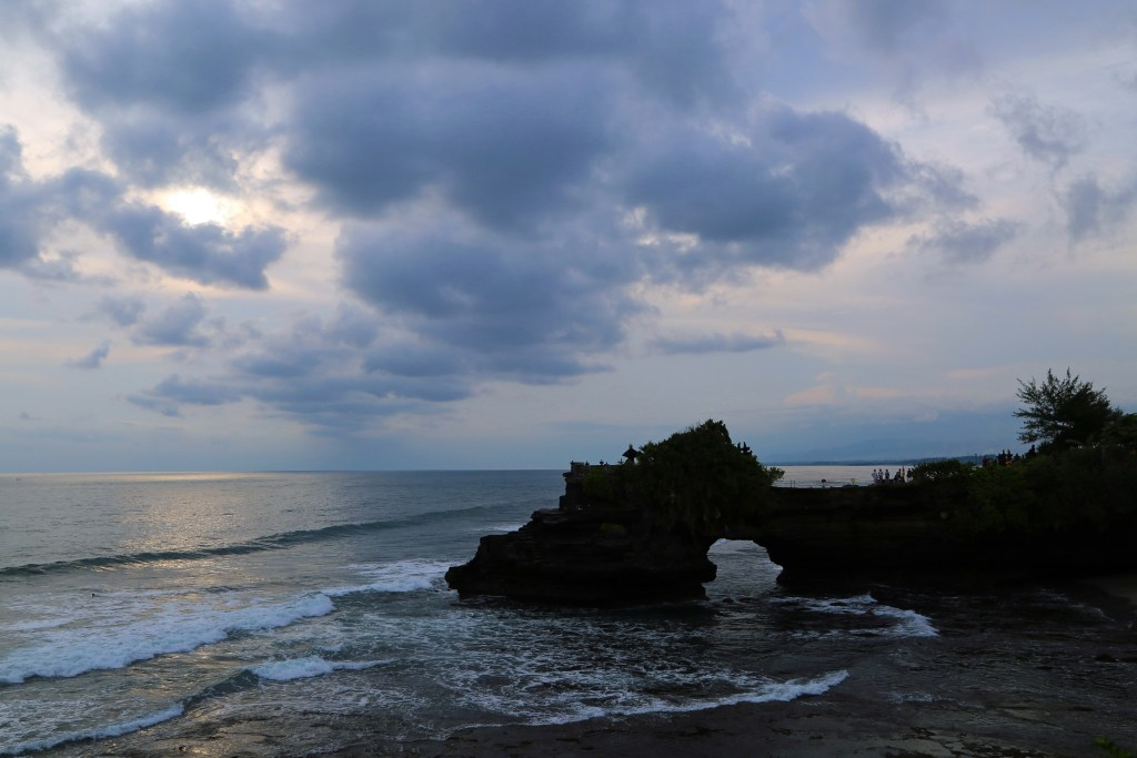 surrounding Tanah Lot
